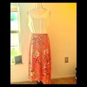 NWT Bobeau Salmon Floral Skirt